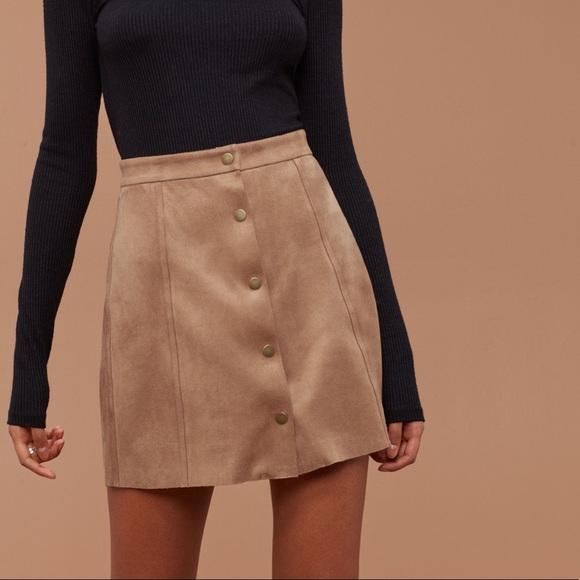 Aritzia | Wilfred Free | Centinela Skirt Camel